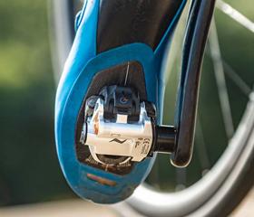 どのペダル式パワーメーターよりも扱いが簡単で衝撃にも強いP1ペダル、P2ペダル